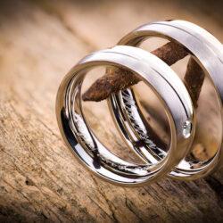 Hochzeit verschoben: Ringgravur entfernen!
